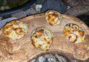 Leckere Flammkuchen Brötchen vom Grill